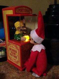 Jingle having his fortune read