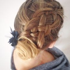 Fivestrand in to an updo