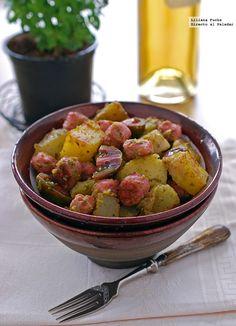 Ensalada de patata al pesto con salchichas. Receta