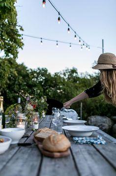 A Simple Evening: Summer's End | The Fresh Exchange Company Dinner, Fresco, Outdoor Dinner Parties, Love Garden, Garden Ideas, Back Patio, End Of Summer, Outdoor Dining, The Fresh