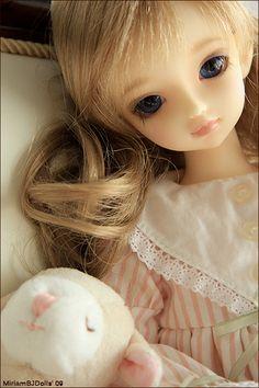 My Emmeline arrived ! by MiriamBJDolls, via Flickr