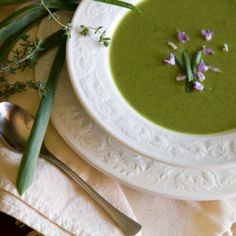 Broccoli and Pea Potage with Thyme
