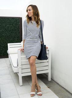 13 Easy to Wear Springtime Striped Dresses 29b5dbb31
