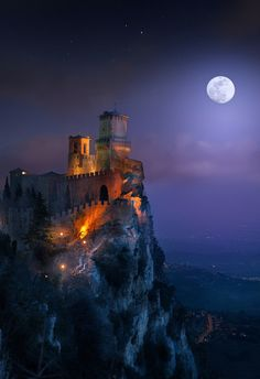 Guaita Castle at full moon in San Marino, Italy Moon Pictures, Moon Pics, Simply Beautiful, Clouds, Sky, Amazing, Nature, Painting, Color