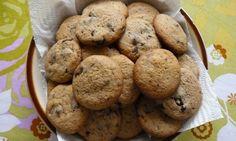 Americké chocolate chip cookies Chocolate Chip Cookies, Bakery, Chips, Food, Potato Chip, Essen, Meals, Potato Chips, Yemek
