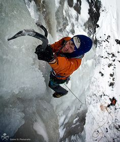This weekend we went ice climbing again! I wonder if we are climbing addicts?is Gummi St. Alpine Climbing, Rock Climbing, Trekking, Ice Climber, Hiking Essentials, Mountain Climbers, To Go, Hiking Gear, Extreme Sports
