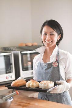 """オーブンいらず!""""作りおき""""で、毎日焼きたてパン生活。冷蔵庫発酵で超簡単、最新パン作りメソッドを伝授します。   主婦の友社 会社情報 Griddle Pan, Japanese Food, Bakery, Lemon, Bread, Cooking, Breakfast, Recipes, Kitchen"""
