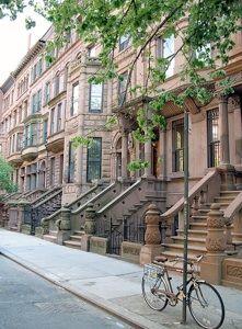 Harlem / New-York Le quartier de Harlem, ancien village au nord de New-York, se situe et s'étend au nord de l'île de Manhattan, entre la ...