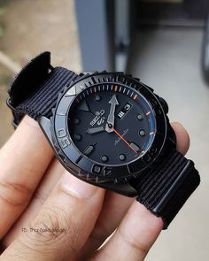 Stylish Watches, Luxury Watches, Cool Watches, Watches For Men, Seiko 5 Sports, G Shock Watches, Sport Watches, All Black Watches, Seiko Mod