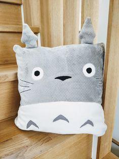 Homemade Soft Flannel Kitties And String Pillowcase handmade standard size