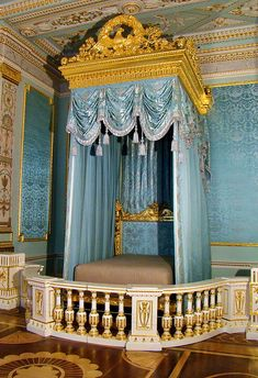 Royal bedroom in Gatchina Palace (Russia).  Powder blue silk and silver metallic thread broadloom damask supplied for wall panels in the Gala Bedroom.   www.humphriesweaving.co.uk