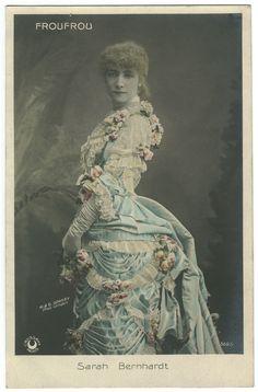 Sarah Bernhardt, Froufrou, 3695, Photo W. & D. Downey.jpg
