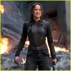 Jennifer Lawrence Jumps Into Action for Final 'Mockingjay' Trailer!