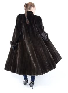 207 Pins zu mink coat für 2019   Mäntel mit pelz, Mantel und