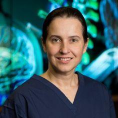 Susana Martínez-Conde (La Coruña, 1969) es profesora de oftalmología, neurología, fisiología y farmacología en la Universidad Estatal de Nueva York, Downstate Medical Center, donde dirige el Laboratorio de Neurociencia.