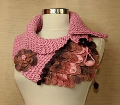 Alligator's Dream / Knitting Crochet Pink Neckwarmer Capelet Chunky Cowl / Wool Scarf