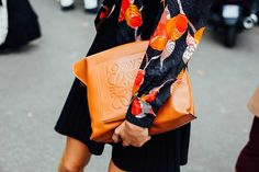 Paris Fashion Week #StreetStyle/día 8 #PFW. Foto:@Vogue