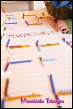 Creciendo con Montessori Montessori Kindergarten, Blog, Triangle, Math, Educational Crafts, Activities For Kids, Kids Math, Pearls, Beads