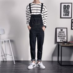 Cheap hip hop jeans, Buy Quality hip hop style jeans directly from China jeans homme Suppliers: Japan Style Mens Black Denim Overalls For Juniors Vintage Denim Bib Overalls Pants Hip Hop Jeans Homme Suspender Pants Long Overalls Fashion, Overalls Outfit, Fashion Pants, Fashion Clothes, 80s Fashion Men, Korean Fashion, Vintage Fashion, Denim Vintage, Vintage Boys