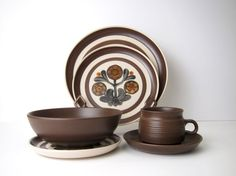 36 Piece Denby / Langley Mayflower Service for 6 - Plates / Bowls / Cups…