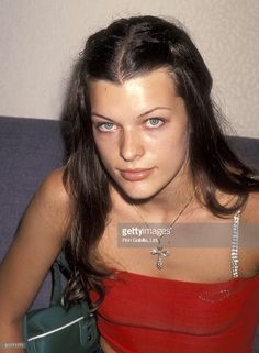 Milla Jovovich Milla Jovovich, 90s Nostalgia, Gorgeous Eyes, Resident Evil, Movie Stars, Supermodels, Beautiful People, Sexy, Spider