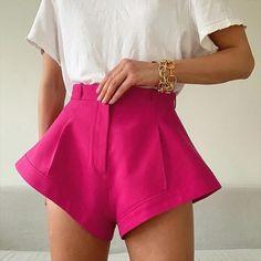 New Summer Fashion Casual Solid Loose Button Patchwork High Waist Wide Leg Shorts Women 29.99 CAD Loose Shorts, Hot Shorts, Hot Pants, High Waisted Shorts, Pink Shorts, Fashion Pants, Look Fashion, New Fashion, Moda Streetwear