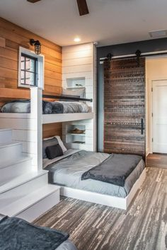 Inviting modern mountain home surrounded by forest in North Carolina Maison de m Bunk Bed Rooms, Bunk Beds Built In, Bunk Beds For Boys Room, Queen Bunk Beds, Bunk Beds For Adults, Full Size Bunk Beds, Bunk Beds With Stairs, Kid Beds, Modern Mountain Home