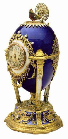 diamond FABERGÉ EGG ۩۞۩۞۩۞۩۞۩۞۩۞۩۞۩۞۩ Gaby Féerie créateur de bijoux à thèmes en modèle unique ; sa.boutique.➜ http://www.alittlemarket.com/boutique/gaby_feerie-132444.html ۩۞۩۞۩۞۩۞۩۞۩۞۩۞۩۞۩