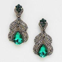 Chic Lady Emerald Green Czech Crystal Earring Luxury Elegant Costume Jewelry #Uniklook #postpiercedearrings