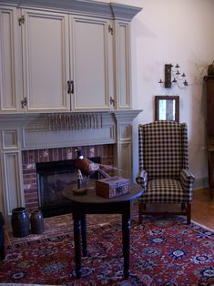 Colonial Decorating, Decorating Ideas, Decor Ideas, Primitive Homes, Primitive Decor, Fireplace Mantels, Fireplaces, Early American Homes, Colonial Style Homes