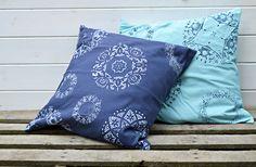 How to Doily Stencil a Cushion / Pillow