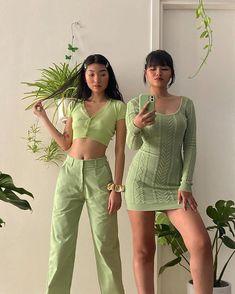 Aesthetic Fashion, Look Fashion, Aesthetic Clothes, Fashion Outfits, Green Fashion, Aesthetic Green, Urban Aesthetic, Aesthetic Food, Modest Fashion