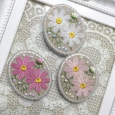 #embroidery #刺繍#コスモス#秋#ブローチ#broach