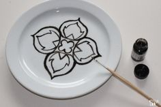 Pimp your dishes mit Glas- oder Keramikfarbe