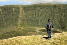 When in the Azores. #azores #portugal #faial #volcano #crater #reis #reizen #travel #travelling #nature #travelblog #reisblig #reisgoesting #finditliveit #dametraveller #traveljunk #nothingisordinary