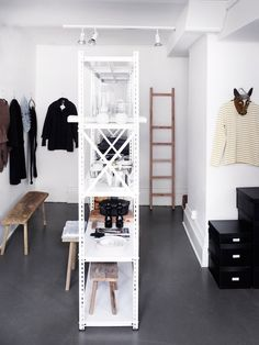 my scandinavian home: A lovely home and studio in Sweden's oldest town... dark grey stained concrete floors
