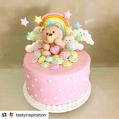 #Repost @tastyinspiration with @repostapp ・・・ REPOST from @ladocicadoces Adorable pink cake for a little girl #undiscoveredbaker