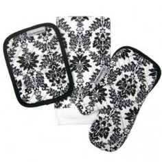 Damask kitchen mitts