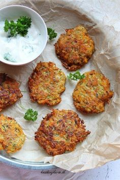 Best Low Carb Cheesy Chicken Fritters - The Big Apple Mama Chicken Fritters Recipe, Chicken Recipes, Low Carb Recipes, Vegetarian Recipes, Healthy Recipes, No Carb Cloud Bread, Risotto Cakes, Cheesy Chicken, Food And Drink