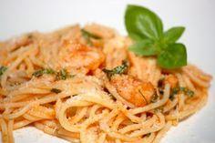 Cinco Quartos de Laranja: Esparguete com gengibre, tomate e camarão