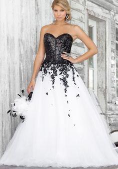 gorgeous  black + white wedding dress