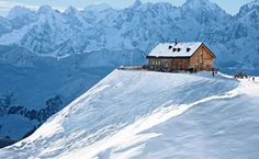 Verbier ski resort in the canton of Valais: not only for skiers