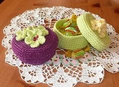 Crocheted Trinket Box - I wonder if a small margarine tub would fit the bottom to give it some stability then could use the lid to give the top support.