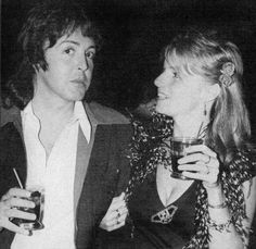 1975 - Partying with Paul & Linda and Pete Townshend. Wings Over America, Linda Eastman, Wings Band, Paul Mccartney And Wings, Pete Townshend, Sir Paul, The Fab Four, Wife And Girlfriend, Best Couple