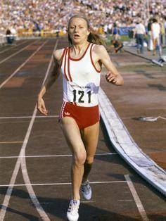 Steve Prefontaine, Women Athletes, Cross Country Running, Star Wars, Marathon Runners, Sport 2, Running Gear, Summer Dream, Sports Games