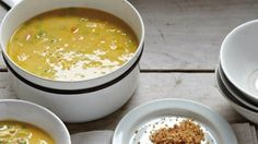 Look forward to your leftovers! Make the most of your leftover roast chicken by cooking up this warming chicken soup. Rich and velvety, this recipe is really enhanced by lemon zest and toasted breadcrumbs. Roast Chicken Soup, Chicken Coconut Soup, Coconut Soup Recipes, Easy Family Meals, Frugal Meals, Yummy Food, Tasty, Sunday Roast, Recipe Sites
