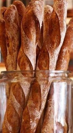 This classic French baguette recipe breaks down the step-by-step process to achieve artisan homemade baguettes! This recipe produces authentic French baguettes with a crusty outside and a fluffy, chewy inside. Artisan Bread Recipes, Quick Bread Recipes, Cooking Recipes, French Baguette Recipe, Crusty Baguette Recipe, Croissant, Bread Art, French Dishes, Cinnamon Bread
