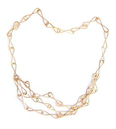 18 karat fairtrade/fairmined gold necklace. Such a pretty necklace! Photo made by Nadine Kieft.