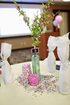 Table centerpiece inspiration from Thrive event