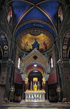 ✯ Church Alter - Dordogne Region,  France